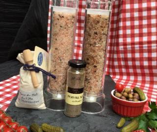 Sel/poivre (sel rose de l'himalayia 4 poivres et baais ou tomates sechees et basilic)